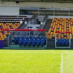 Kabiny dla zawodników rezerwowych PESMENPOL VIP