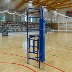 Foldable volleyball umpire stand