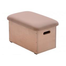One-piece vaulting box