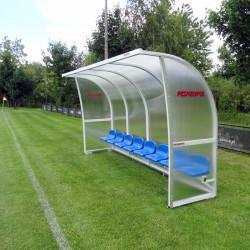 Kabiny dla zawodników rezerwowych z pokryciem z poliwęglanu komorowego