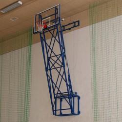 Konstrukcja do koszykówki podnoszona pionowo z napędem elektrycznym