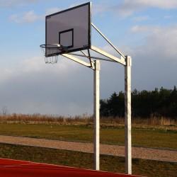 Баскетбольная конструкция с основой из двух стоек для щита 105х180 см, постоянная установка