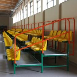 Trybuny stałe z siedziskami plastikowymi - do użytku wewnątrz obiektów