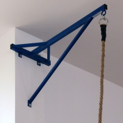 Wall-mounted bracket for fixing climbing rope