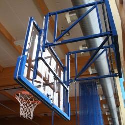 Height adjustment mechanism for basketball backboard 105x180 cm
