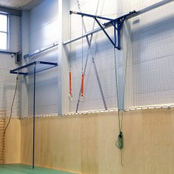 Wall-mounted folding bracket for fixing gymnastic rings