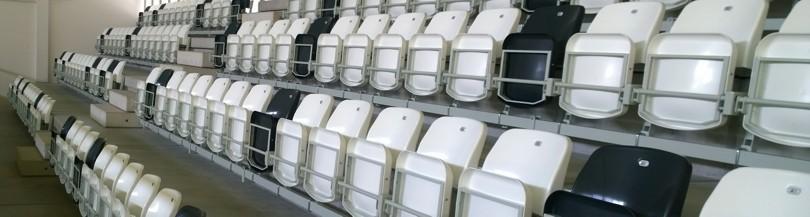 Siedziska składane grawitacyjnie